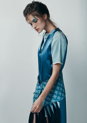 A Blue Planet |Pages Digital | Steven Popovich | Fashion Styling | Janai Anselmi