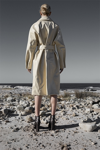 A Girl Who Fell From Earth | Black Magazine | Juli Balla | Fashion Styling | Janai Anselmi